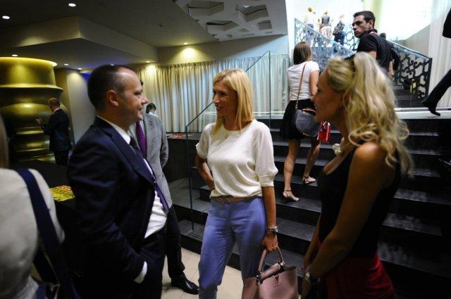 njuzvik-konferencija-novinari-druzenje-foto-zorana-jevtic-1441276902-732797