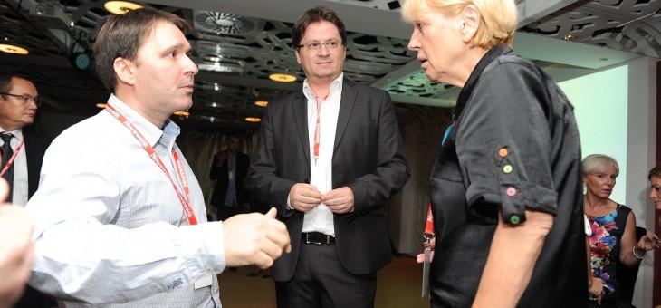 FOTO PRIČA: Ovako se druže novinari na pauzi Njuzvikove konferencije